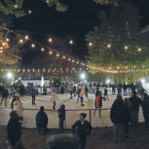Skating on the Square 2020